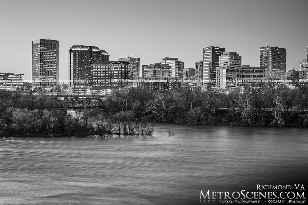 Richmond Skyline Black and white