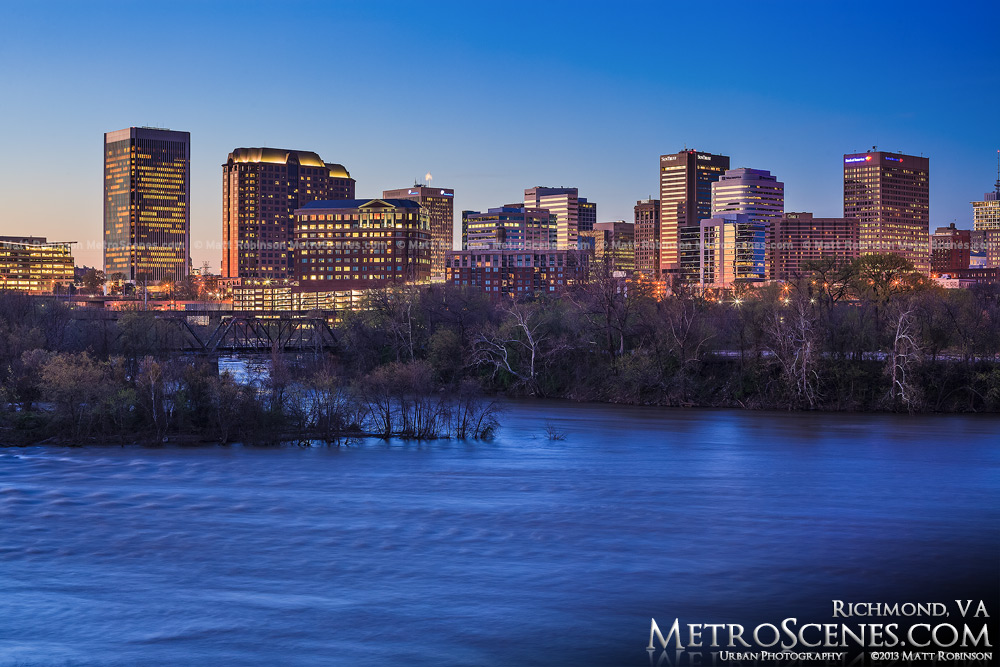Downtown Richmond Virginia at night
