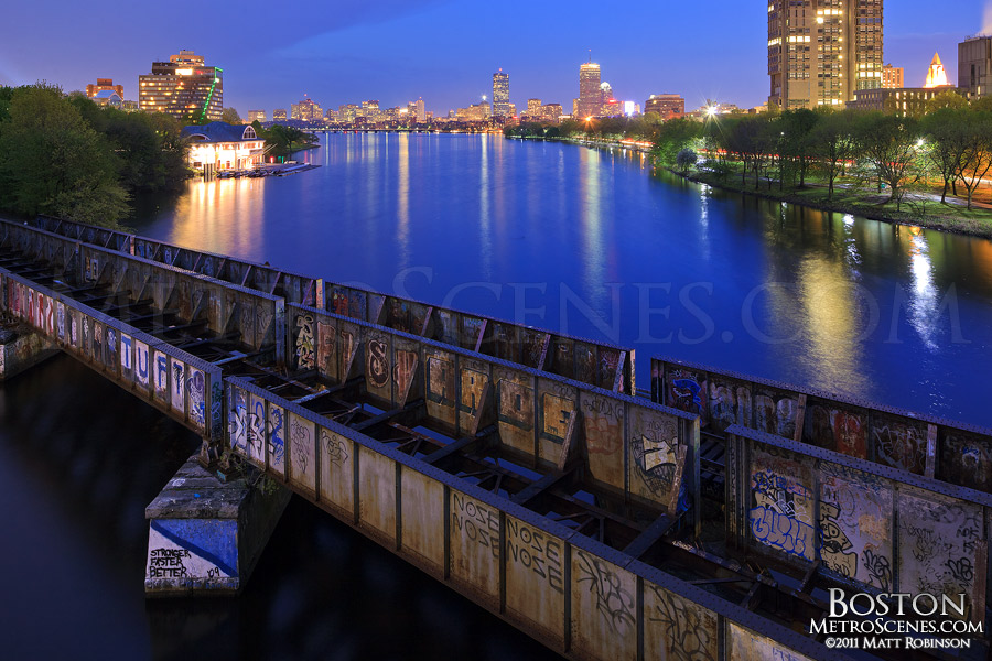 Boston skyline as seen from the Boston University Bridge