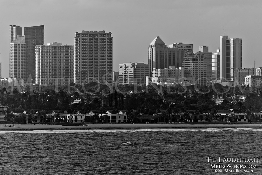 Black and White Fort Lauderdale Skyline