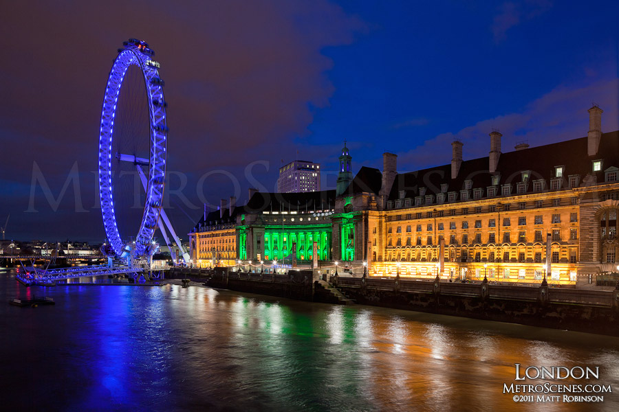 The London Eye at night from Westminster Bridge