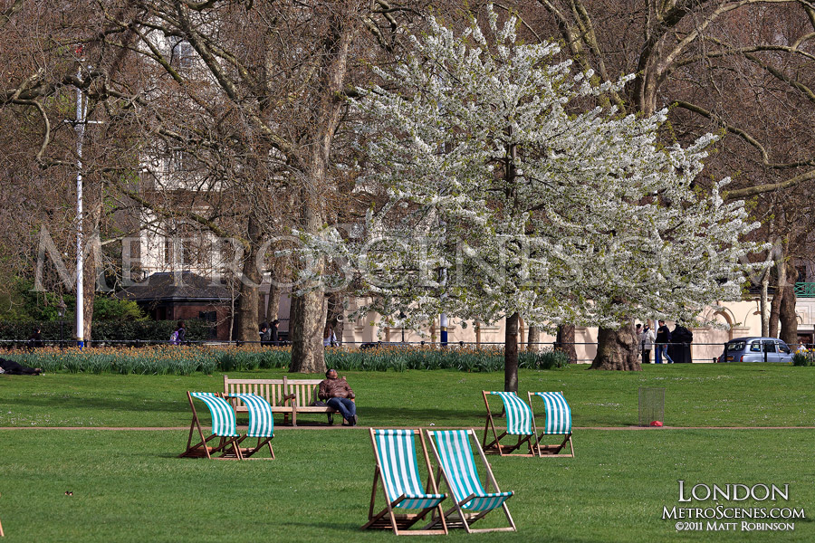 Relaxing in London, St. James's Park