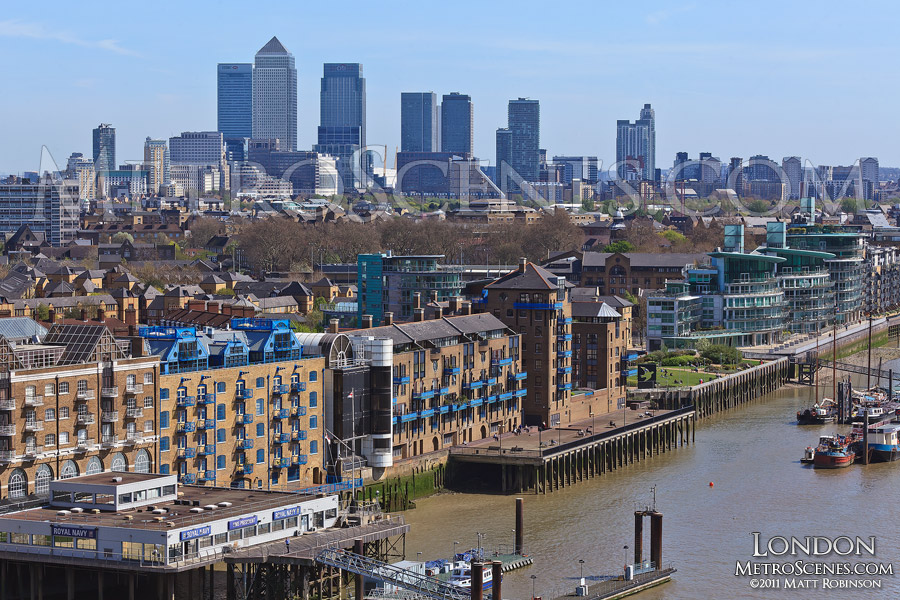 Canary Wharf towers over Wapping