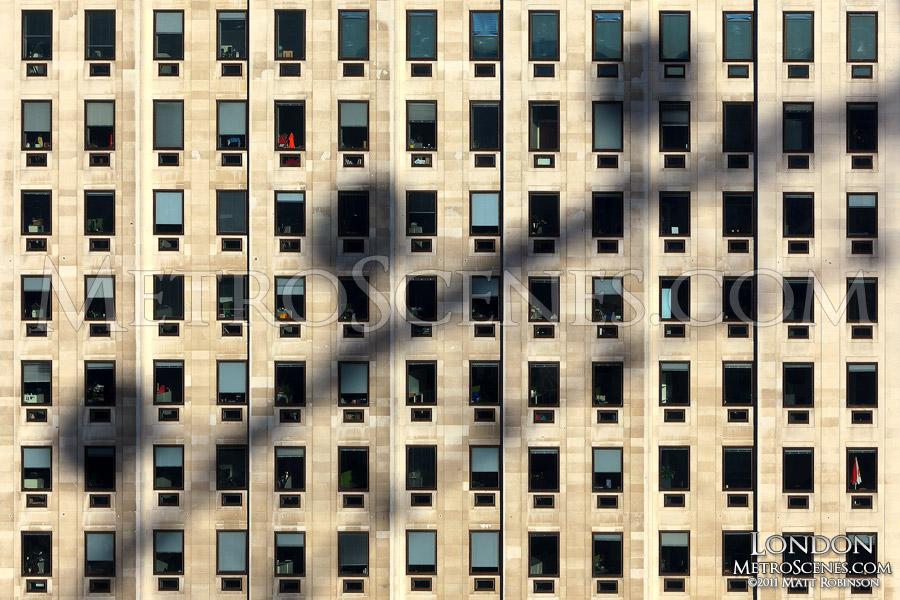 London Eye shadow on Shell Centre