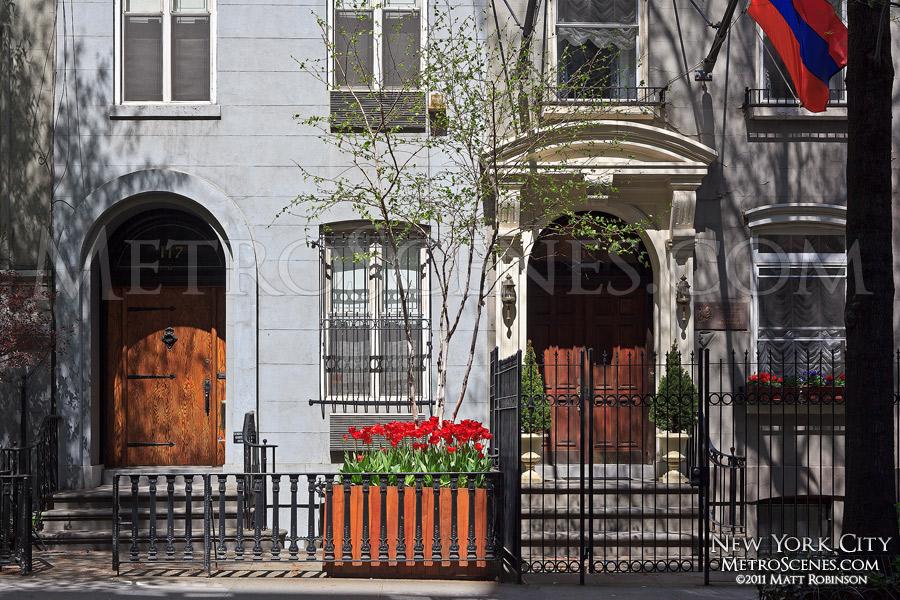 Manhattan Doorways
