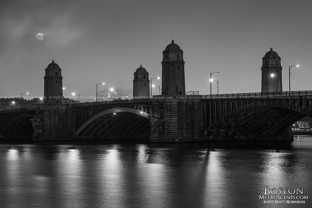 Black and white moonrise over the longfellow bridge