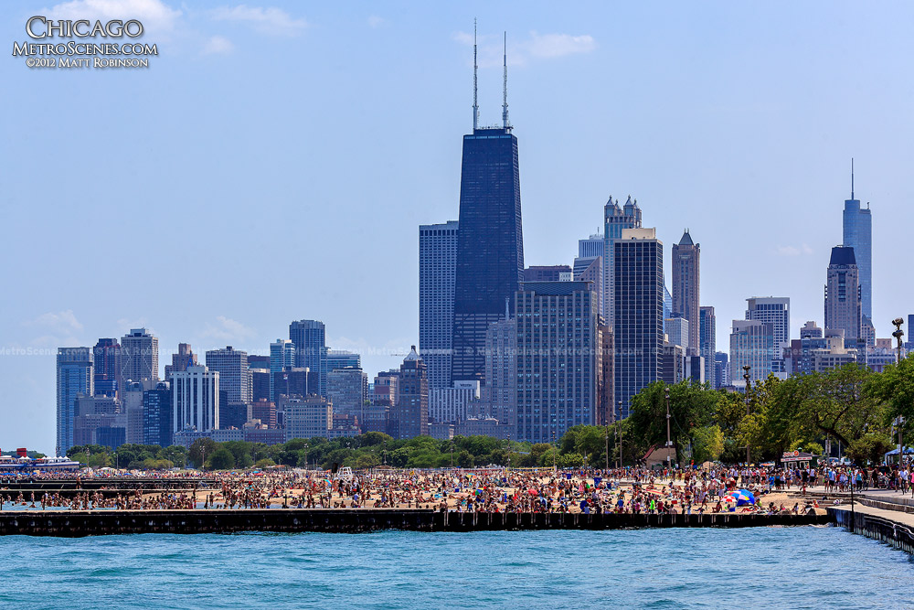Thousands gather at North Avenue Beach with Chicago Skyline