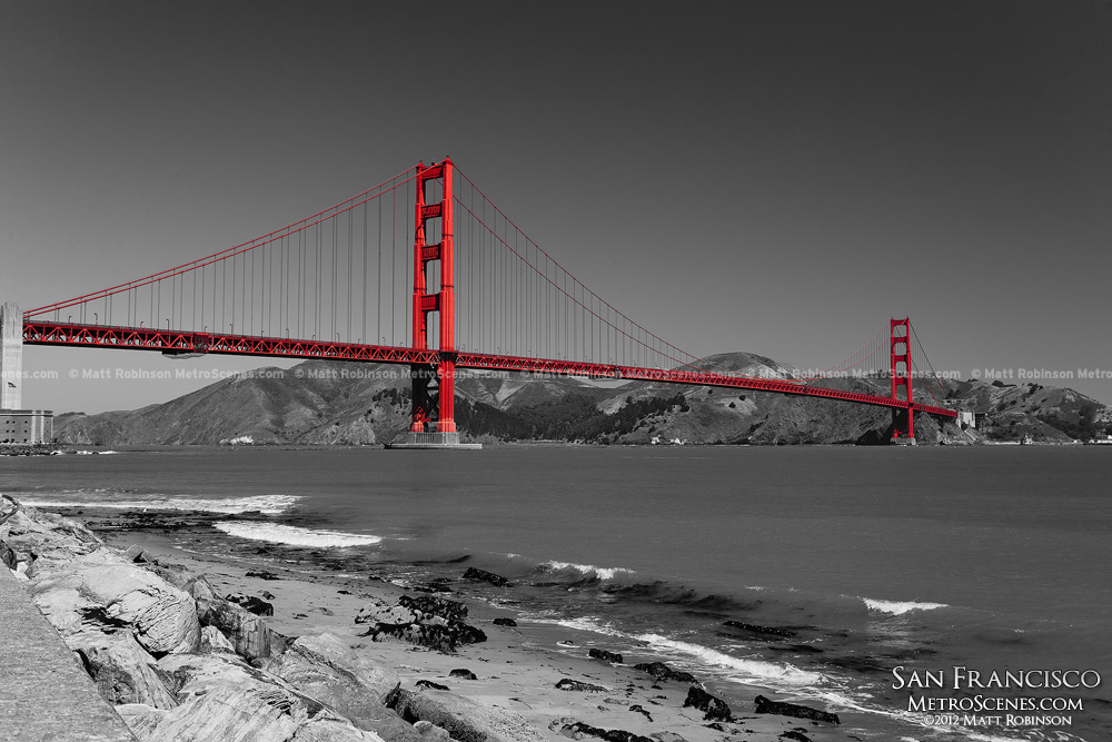 Black And White With Red Golden Gate Bridge Metroscenes