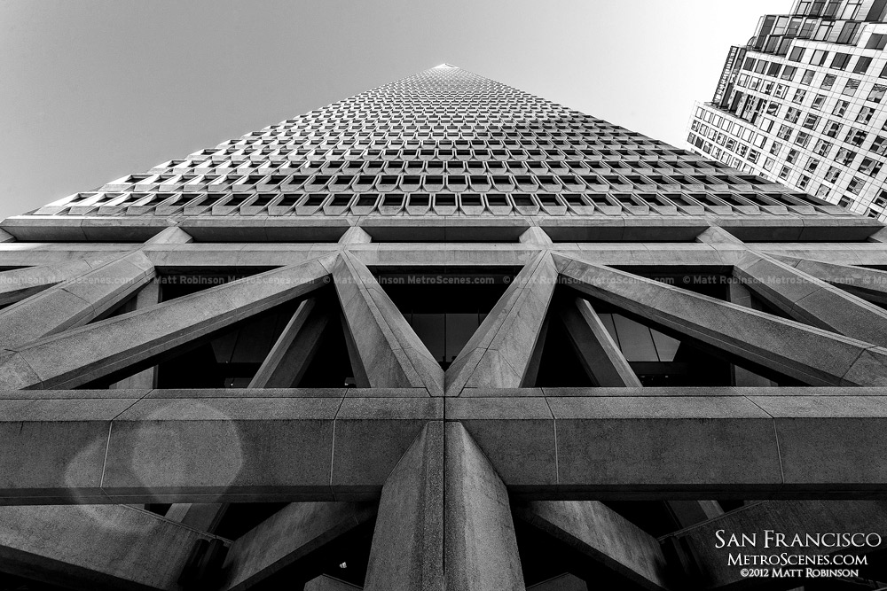 Looking up at Transamerica Pyramid