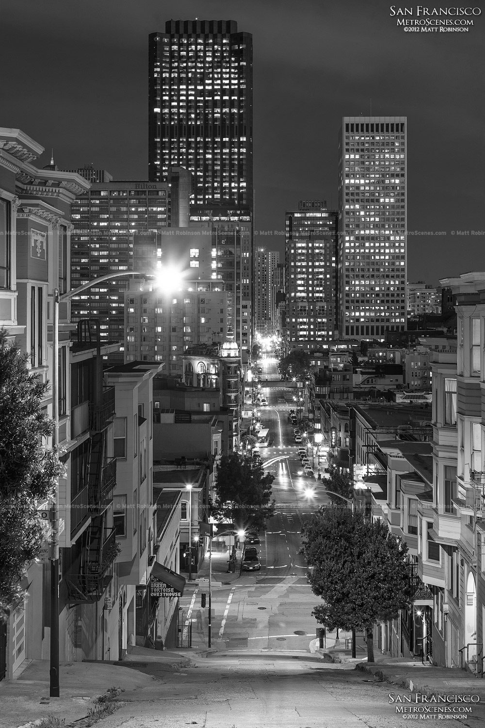 Black and White San Francisco at night