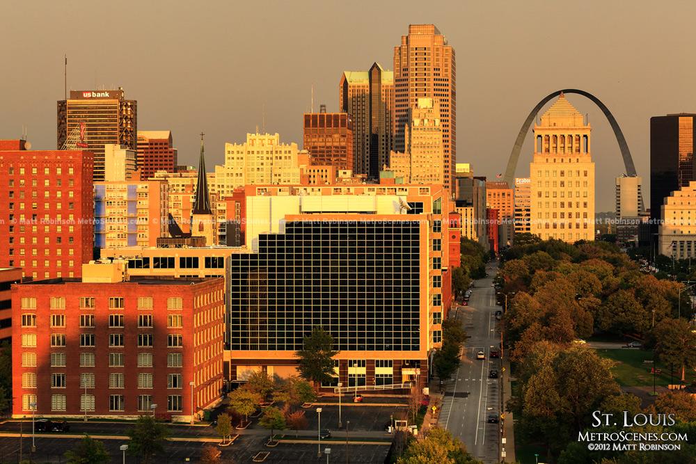 Golden Sunset St. Louis Skyline from the Pear Tree Inn