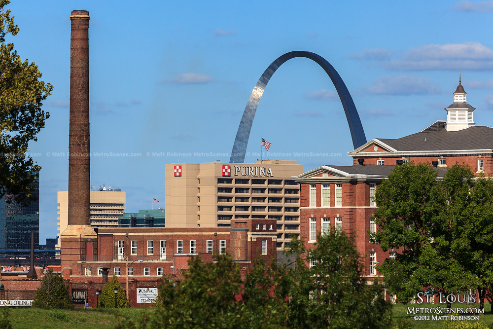 Purina smokestack and Gateway Arch