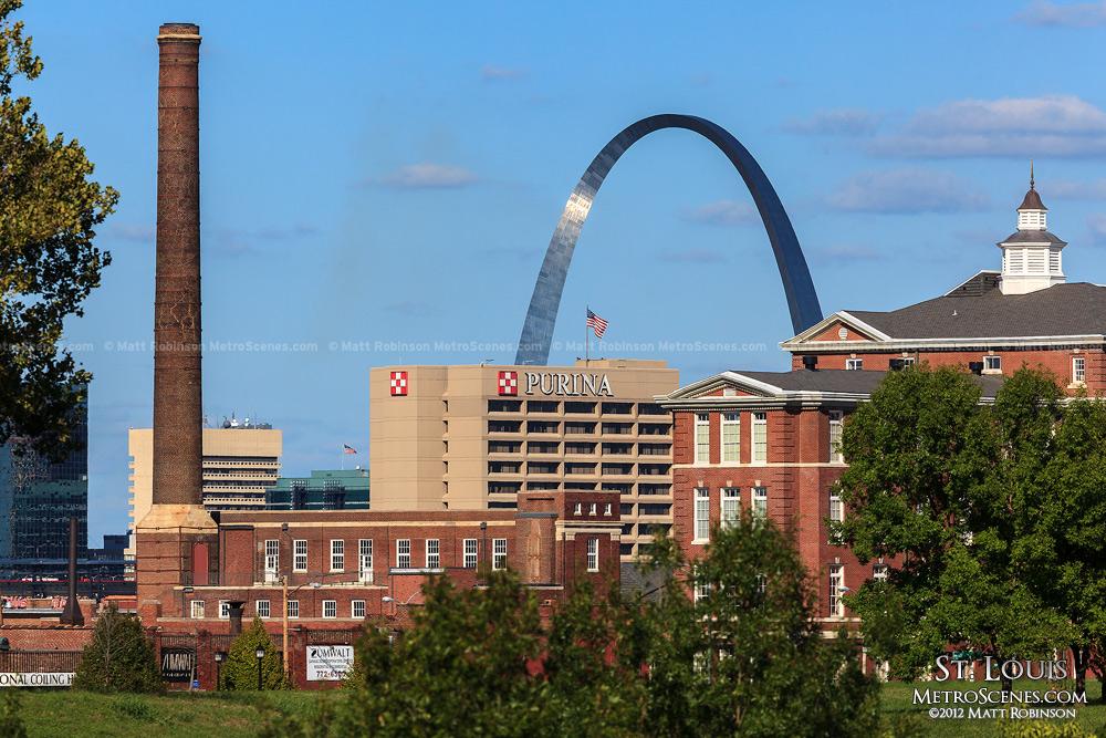 Purina smokestack and Gateway Arch