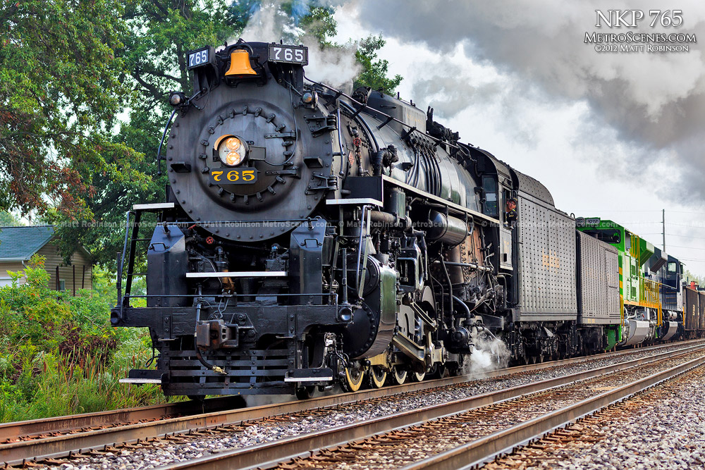 Steam Locomotive NKP 765 leaves Decatur, Illinois