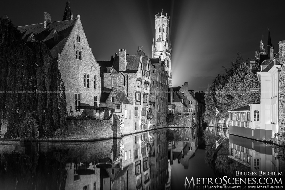 Black and white Bruges at night