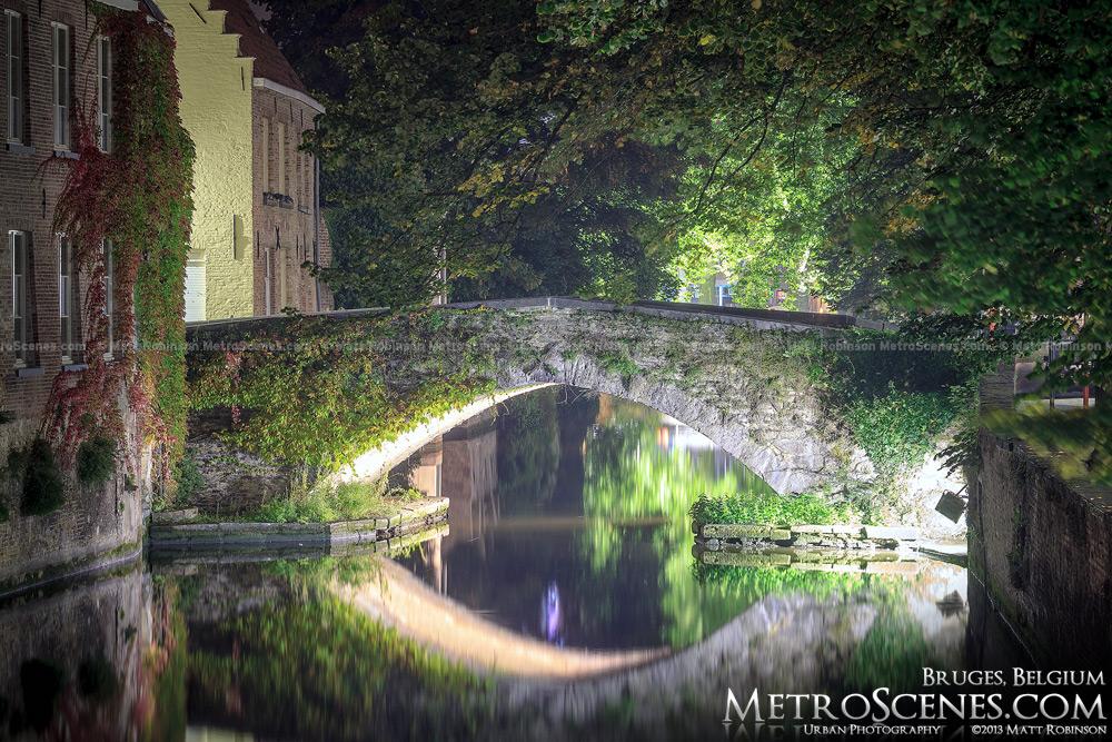 Stone arch bridge over Groenerei Canal