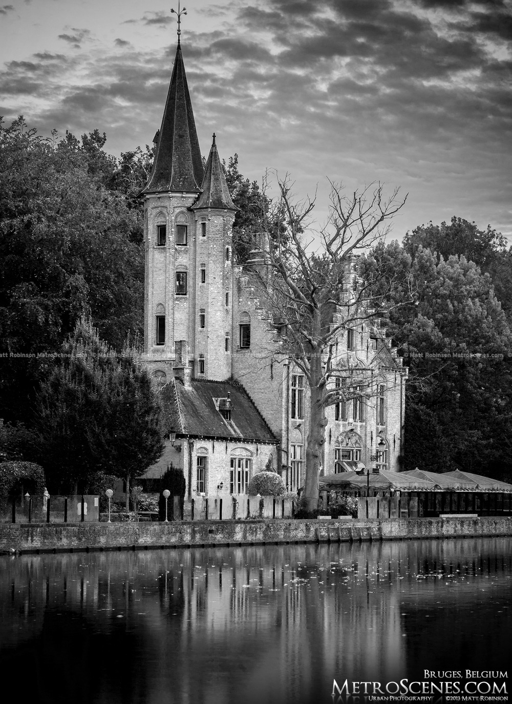 Minnewater black and white, Brugge