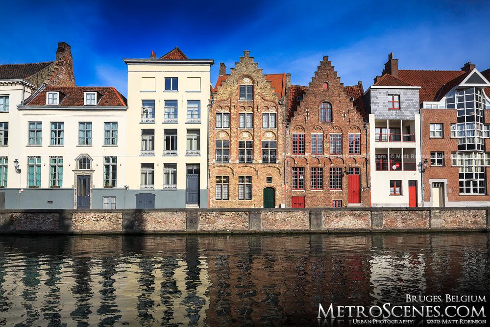 Bruges buildings along Spiegelrei