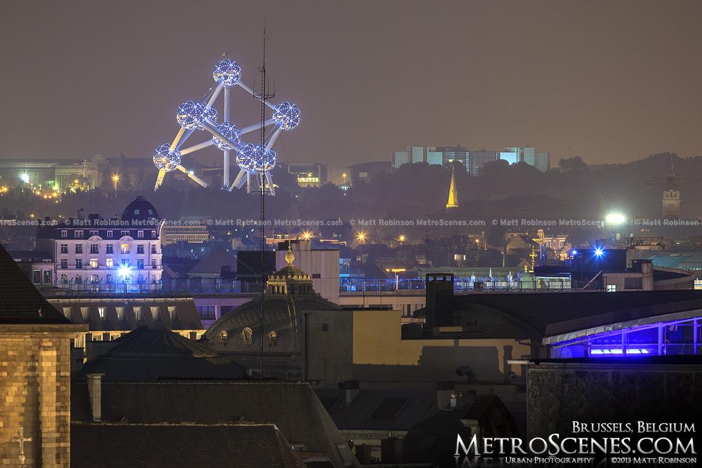Atomium Brussels at night