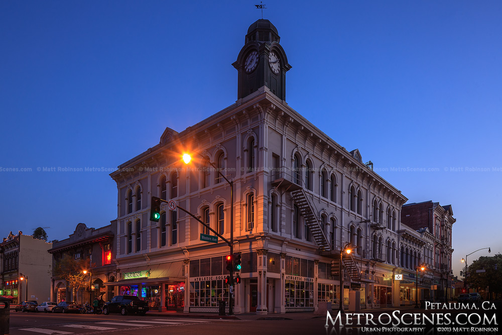 Clocktower in Petaluma California at night