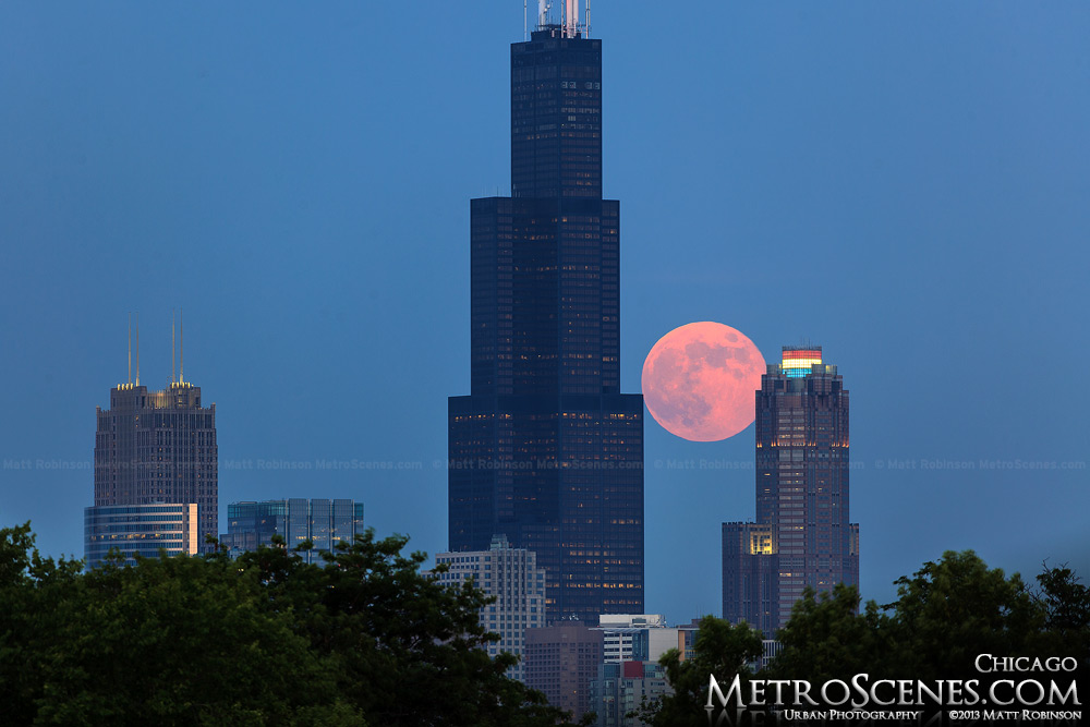 Sears tower moonrise