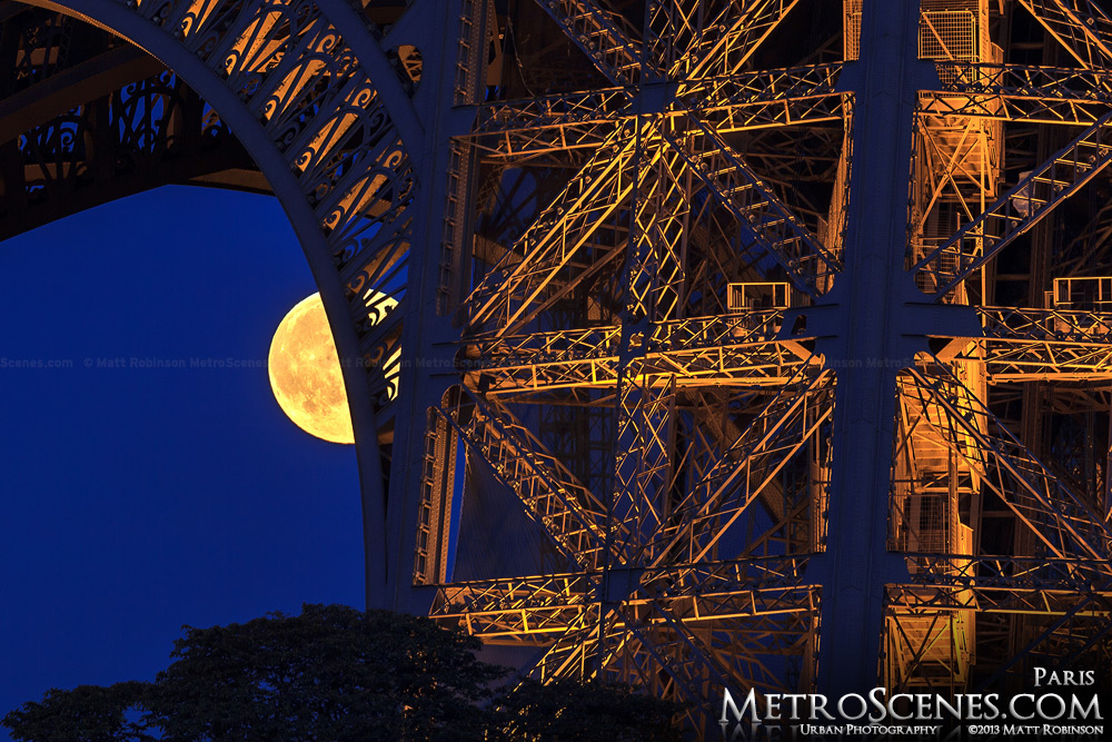 Eiffel tower moonrise