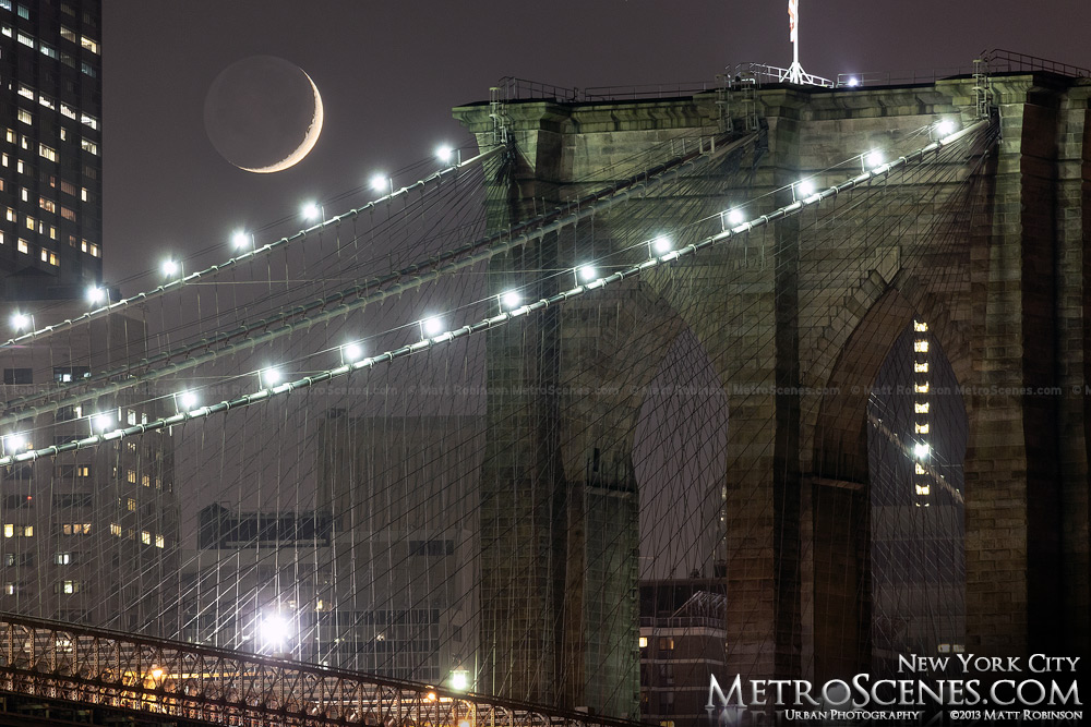 Brooklyn Bridge moonset