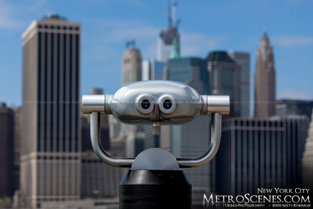 Sightseeing viewfinder in New York City