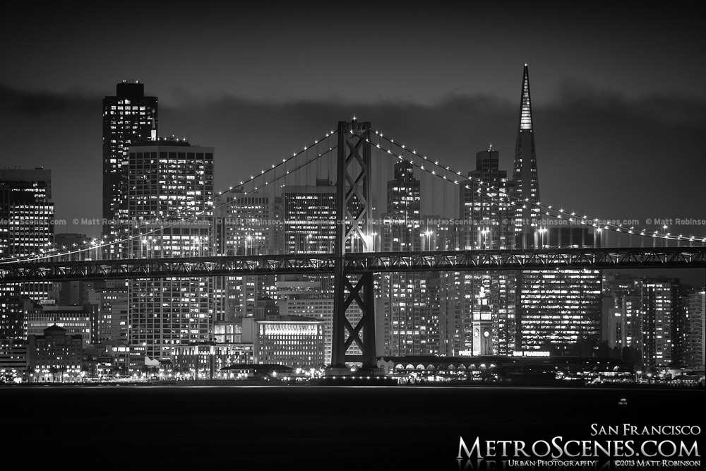 Black and white san francisco skyline