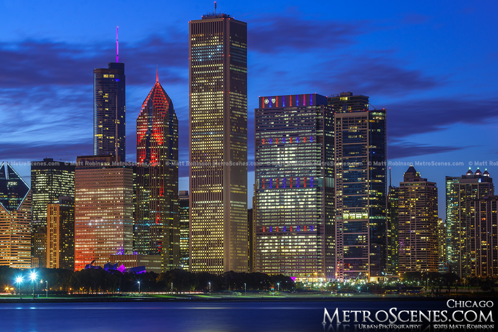 Aon Center and Chicago Skyline