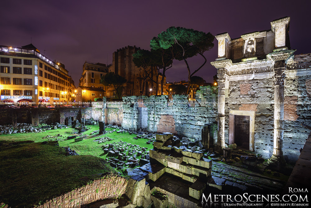The Roman ruins illuminated at night