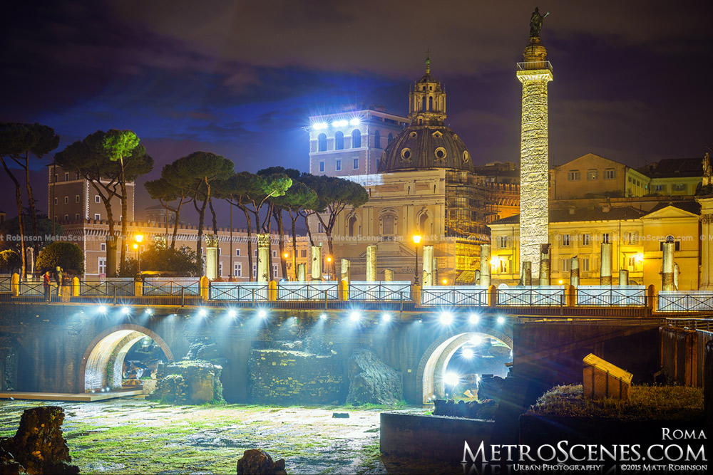 The Forum of Roma at night