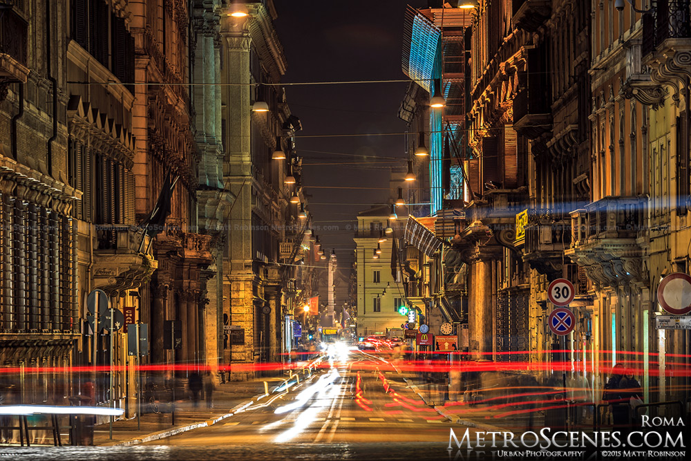 Via del Corso, Roma at night
