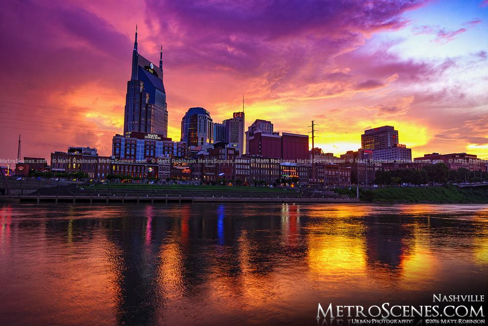 Pink and Orange sunset over the Nashville, Tennessee Skyline
