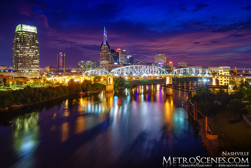 Nashville Skyline 2016 at night