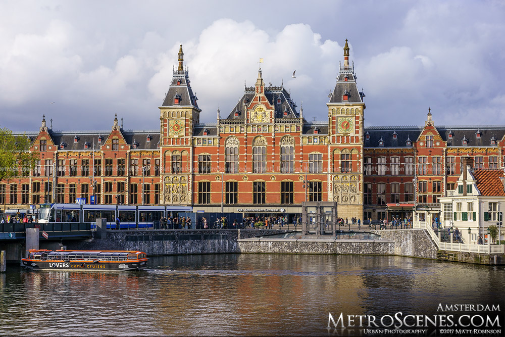 Amsterdam Centraal from Prins Hendrikkade