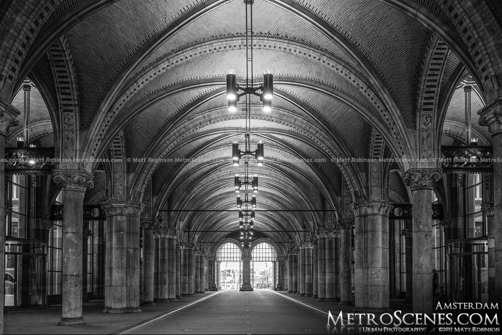 Black and White Rijksmuseum Underpass