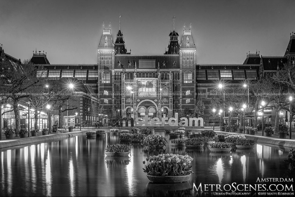Black and White Amterdam Rijksmuseum