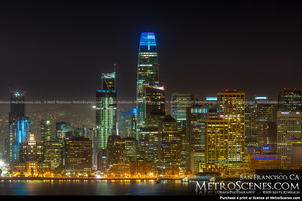 Salesforce Tower at night in the San Francicso Skyline